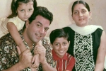 rare-picture-of-dharmendra-with-family