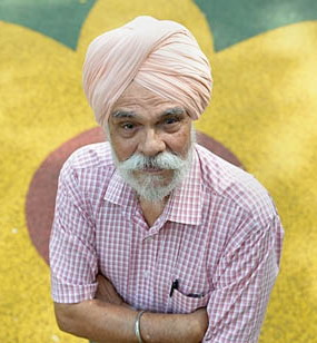 Sikh honoured in Singapore for voluntary service