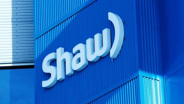 Shaw Communications says it plans to lay off 400 employees as it consolidates its operations. (Todd Korol/Reuters)